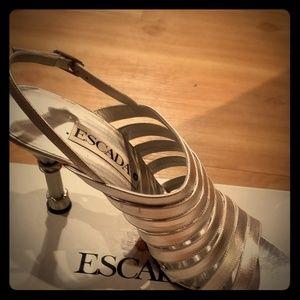 Escada heels sz 10 runs very small fit like sz 9